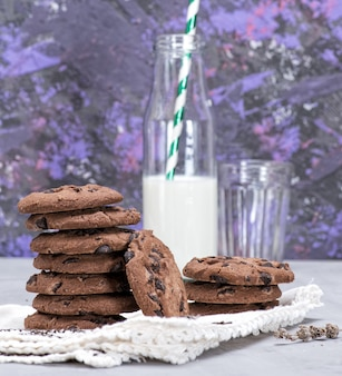 Stack of round chocolate cookies
