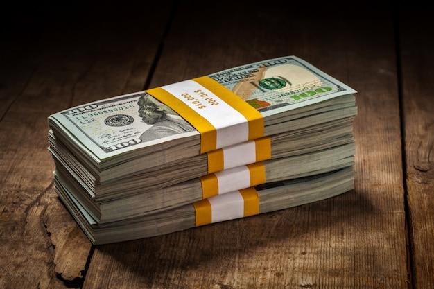 Стеки новых 100 долларов сша 2013 банкнот