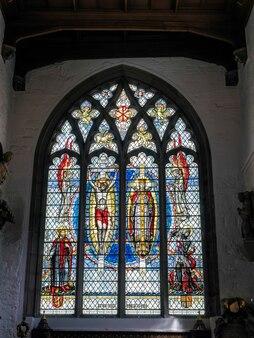 Витраж в церкви святого олава бурлящий переулок в лондоне