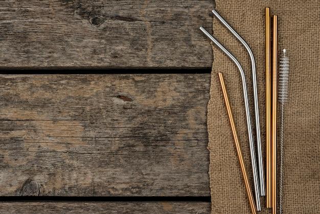 Золотистые и серебряные соломинки из нержавеющей стали