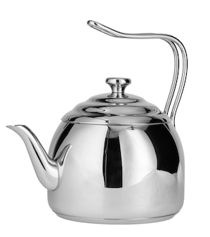 Чайник из нержавеющей стали, изолированные на белом фоне