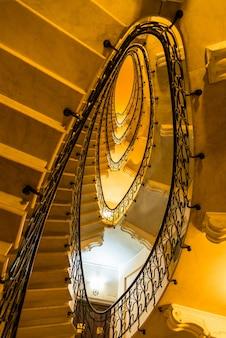 제노바, 이탈리아의 건물 계단