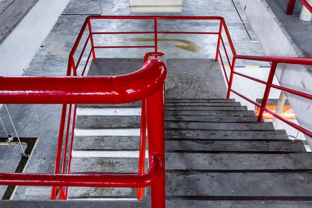 Лестница из городской парковки.