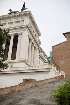 イタリア、ローマのcordonata capitolinaの階段