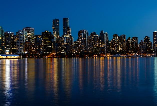 저녁의 스탠리 파크, 밴쿠버의 아름다운 전망