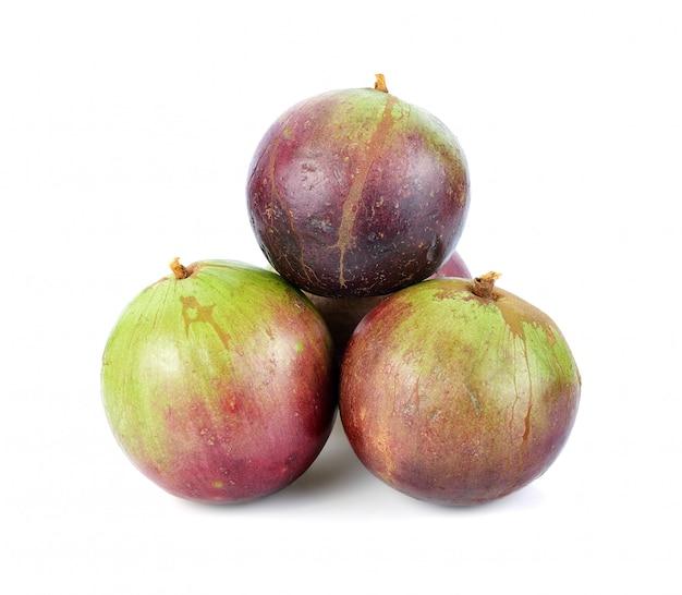 Star apple, chrysophyllum cainito, северный тайский фрукт, изолированные.