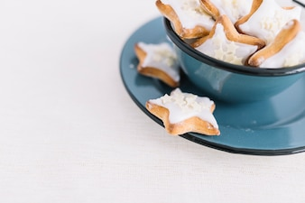 Star cookies in bowl