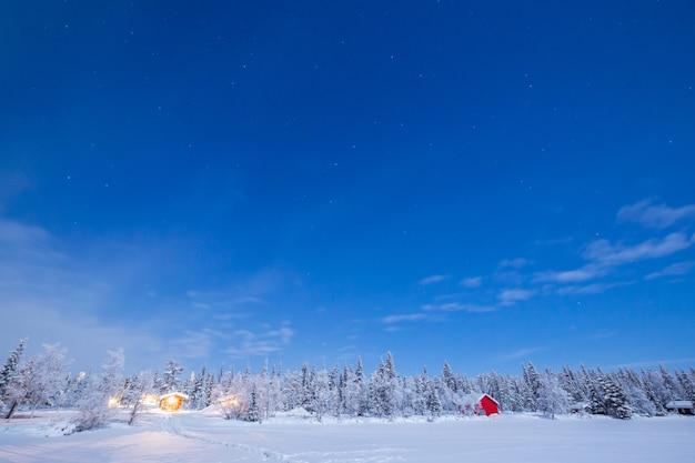 スタートレイル冬の風景