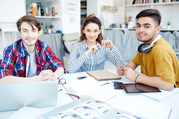 Start-up of designers