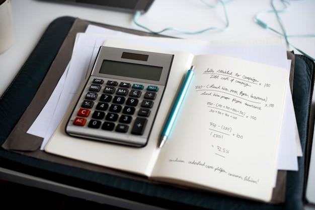Старт бизнес-стратегии маркетинга целевой формулы расчета прибыли писать на ноутбуке