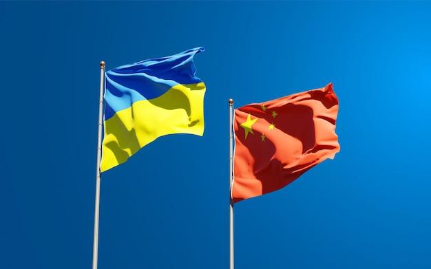 Государственные флаги украины и китая вместе