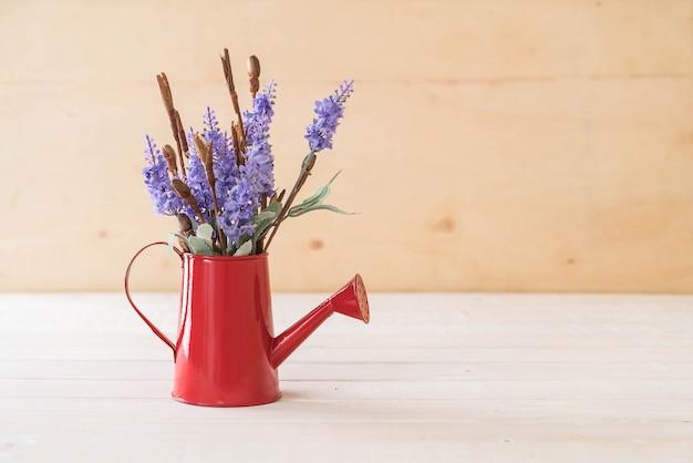 Statice и цветы caspia