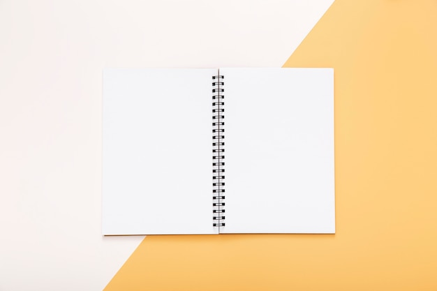 Stationery elements with empty opened notepad