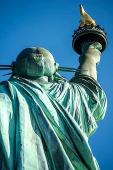 Статуя свободы в нью-йорке, сша