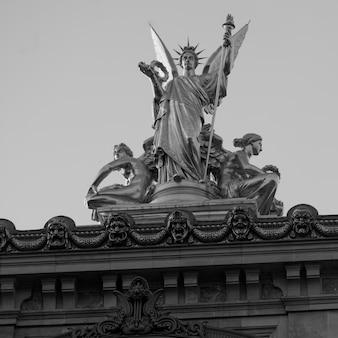 Staute on palais garnier in paris france