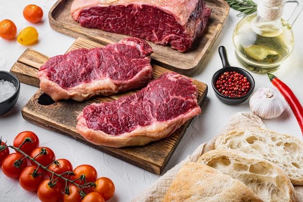 쇠고기, 대리석 고기, 흰색 스테이크 버거 재료