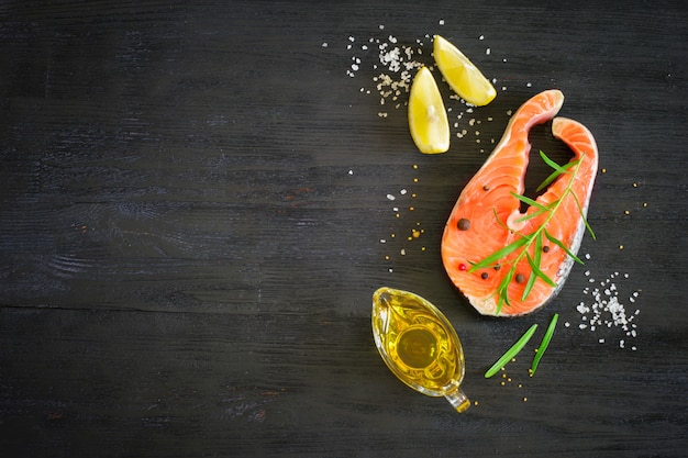 Steak of fresh salmon with aromatic herbs and spices.