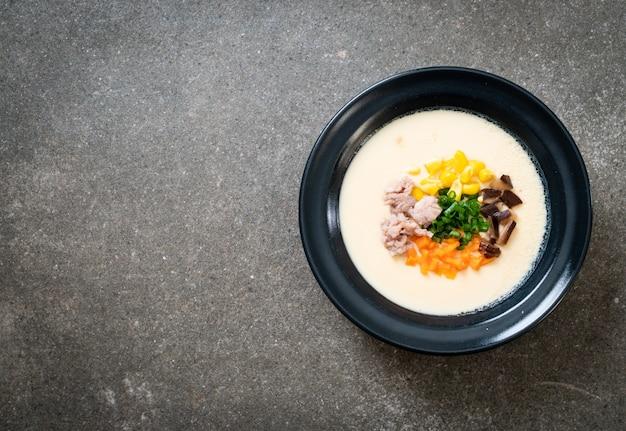 豚ミンチと野菜の卵焼き