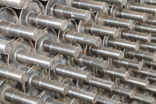 Steel roller shaft.
