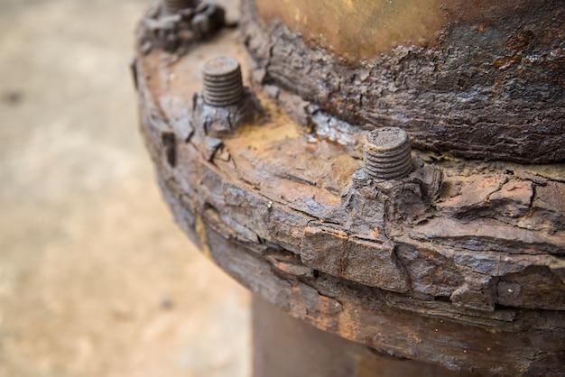 Steel rust pipes