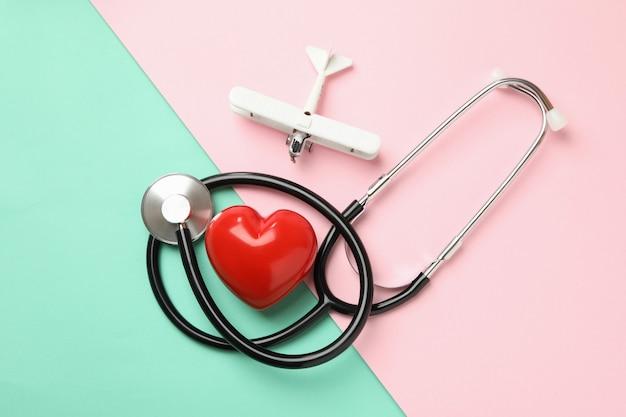 聴診器、心臓および平面