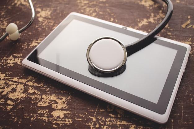 Стетоскоп с планшетом