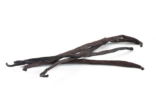Палочки ванили изолированные