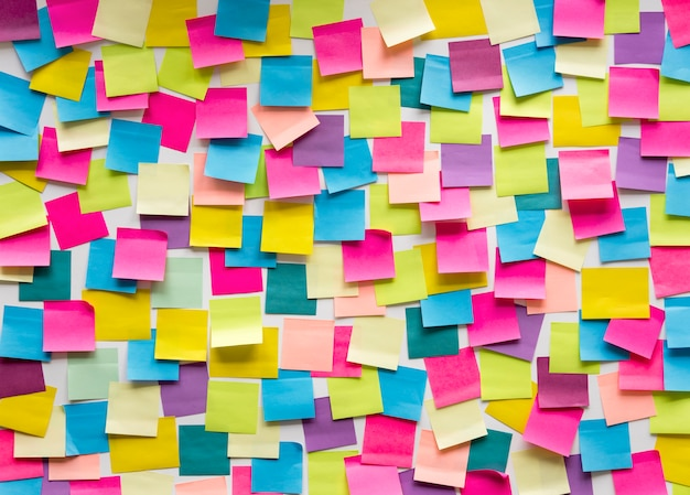 Sticky note post it board office