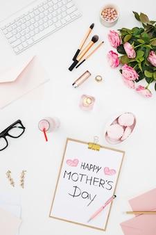 ファッション女性の静物、白のファッション女性オブジェクトの上面図。幸せな母の日のコンセプト