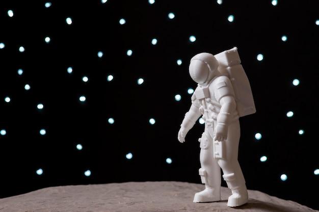 宇宙飛行士との静物空間配置