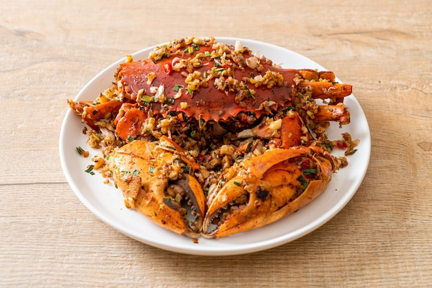 Stir fried crab with spicy salt & pepper - seafood style