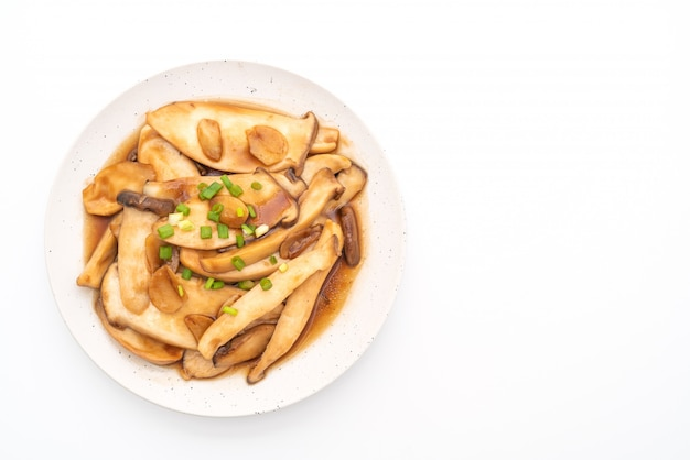 Stir-fried king oyster mushroom in oyster sauce
