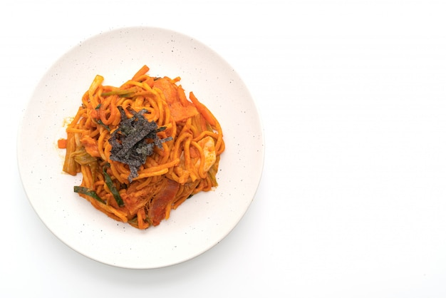 Stir-fried noodles with korean spicy sauce and vegetable