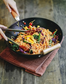 Stir fried spaghetti with organic vegetables