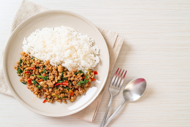 Stir fried thai basil with minced pork on topped rice