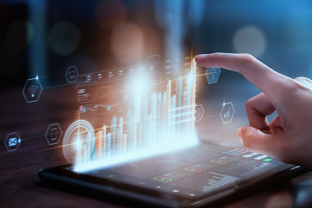 증권 거래소 시장 개념, 그래프 분석 사업가 손 상인 프레스 디지털 태블릿