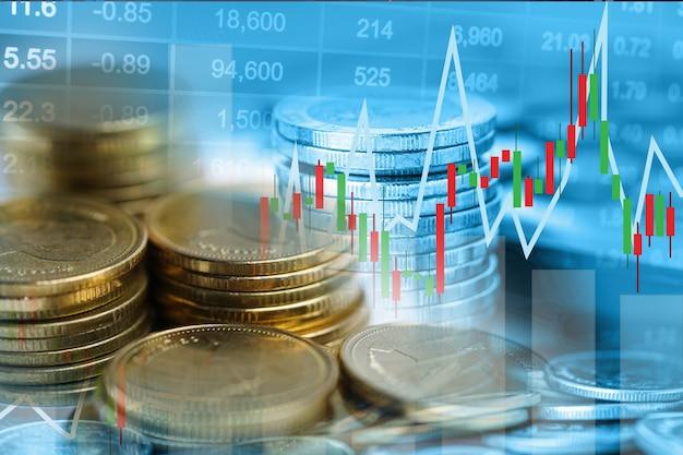 株式市場の投資取引金融、コイン、グラフチャートまたは外国為替は、利益金融ビジネストレンドデータの背景を分析します。