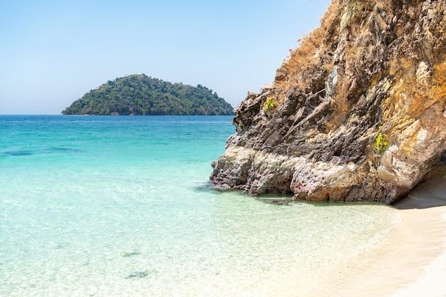 카이 섬, tarutao 국립 공원, satun 지방, 태국에서 돌 아치