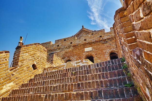Каменная лестница великой китайской стены, секция «митянью». пригород пекина.