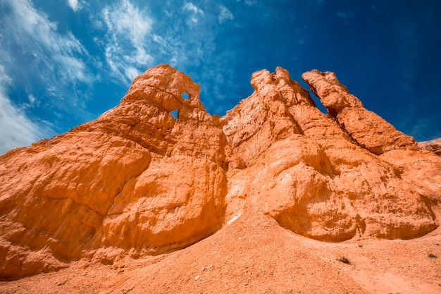 The stone towers on the trekking queens garden trail in bryce national park, utah. united states