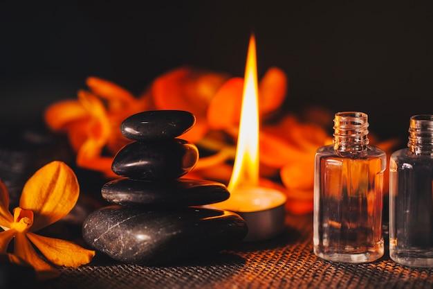 Камни, свечи и растения