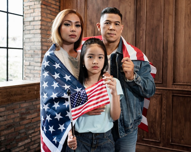 Остановить азиатскую концепцию ненависти с флагом