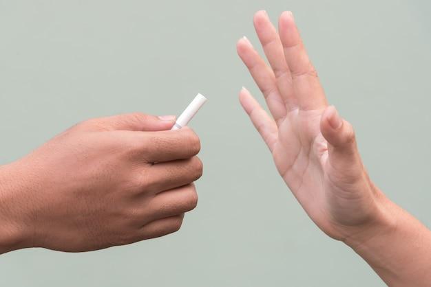 Stop smoking cigarette
