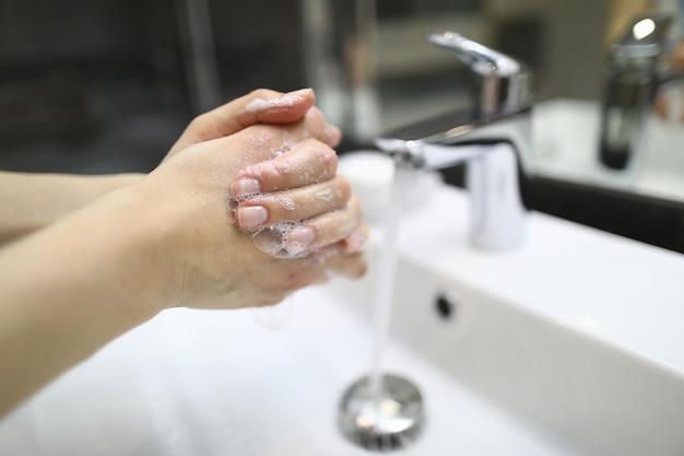 Stop spreading dangerous flu