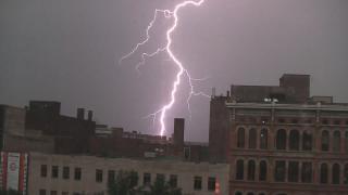 Storm, bolt