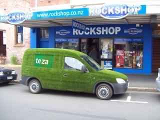Strange And Nice Vehicles In Dunedin Hook Free Photo