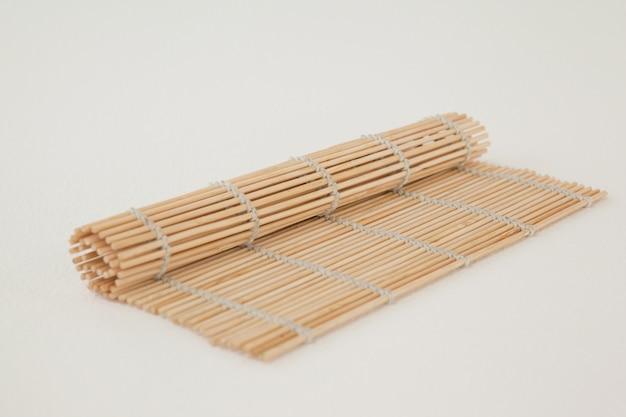 Соломенный суши коврик