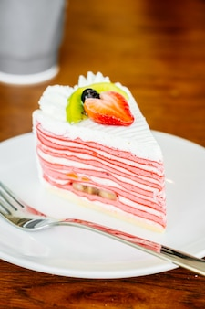 Strawberry crepes cake