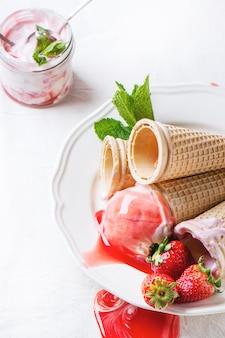 ストロベリーアイスクリーム