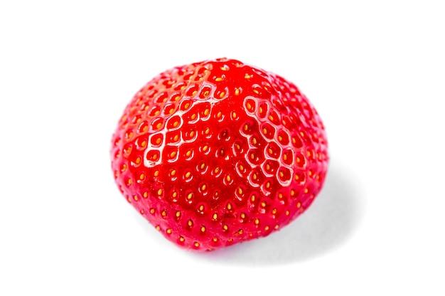 딸기 흰색 배경에 고립입니다. 평면도